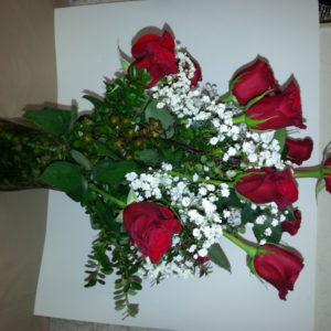Dozen Red Roses With Baby's Breath In Clear Vase