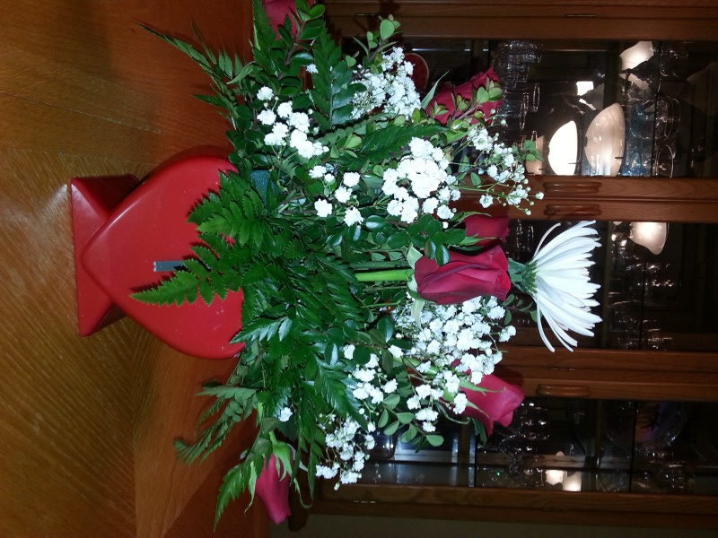Valentine Arrangement With 6 Red Roses & Baby's Breath