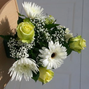 6 Yellow Roses, White Dasies, Assorted Flowers & Baby's Breath