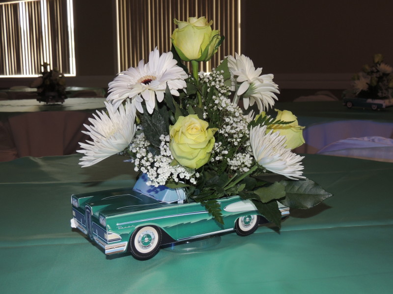 Yellow Roses & White Mums In Ceramic Classic Car