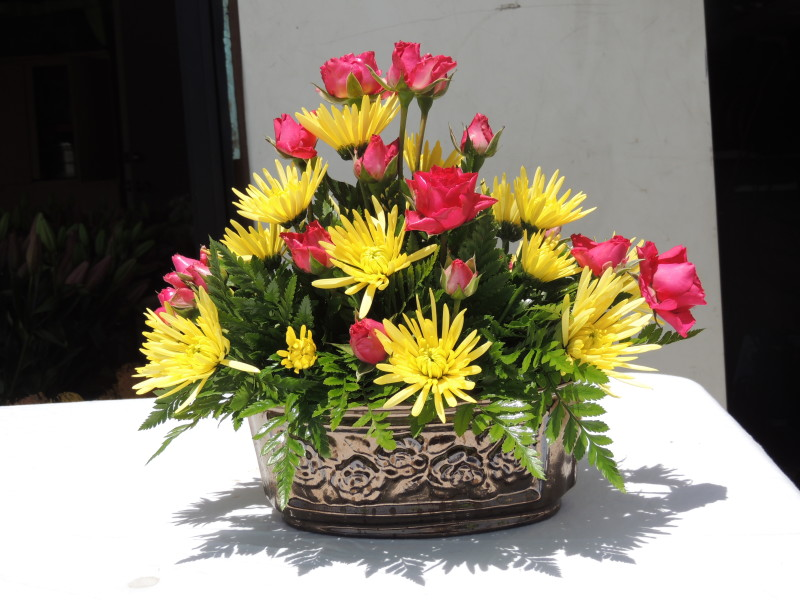 Dozen Pink Roses & Yellow Mums In Decorative Metal Bowl