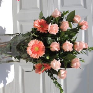Dozen Peach Roses & Orange Daisies