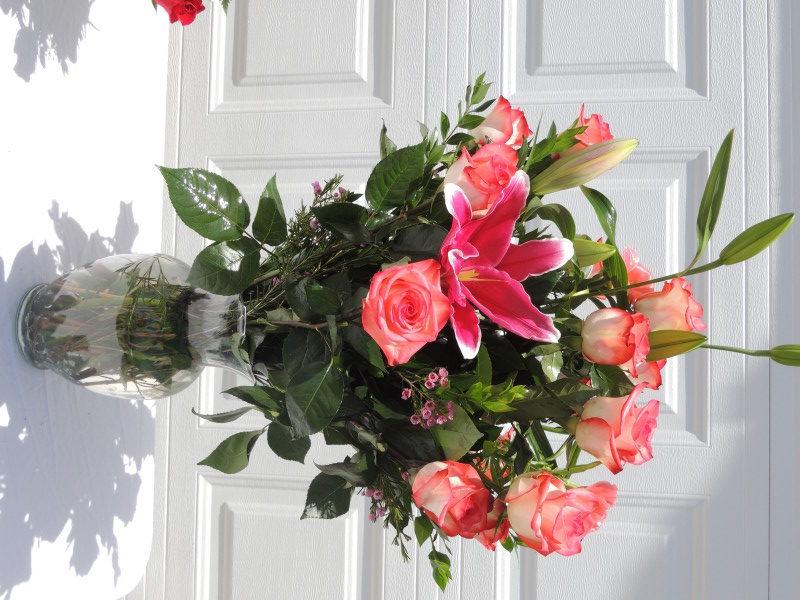 Dozen Pink Roses & Pink Lilies